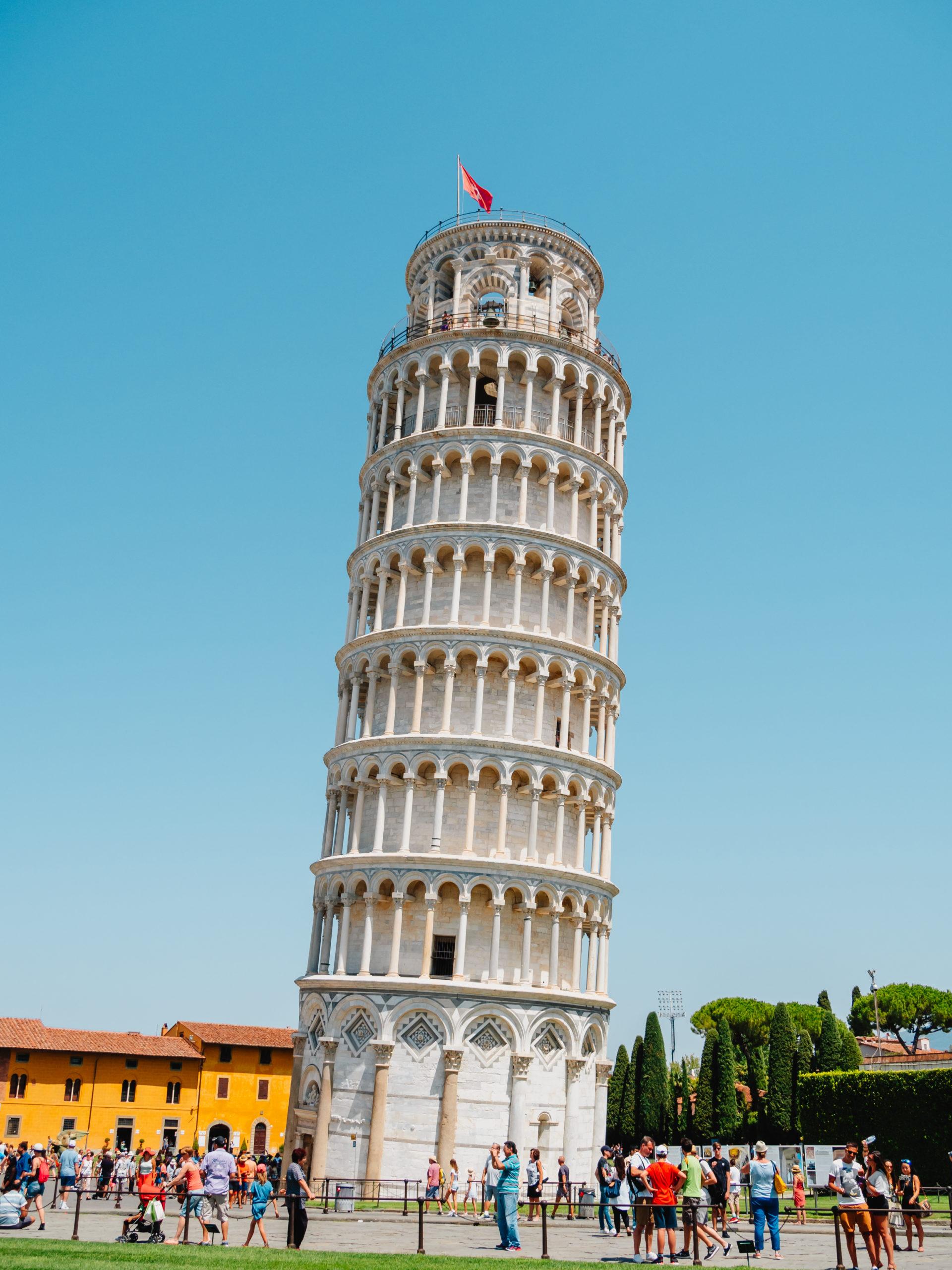 斜 ピサ 塔 の
